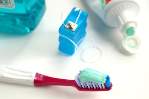 Choosing the Right Dental Floss